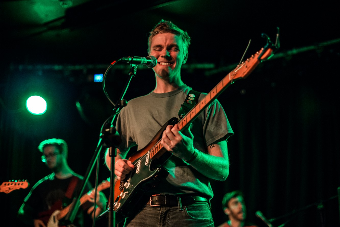live music photographer photography pinegrove brand new friend at limelight Belfast live music venue photos chris mcguigan