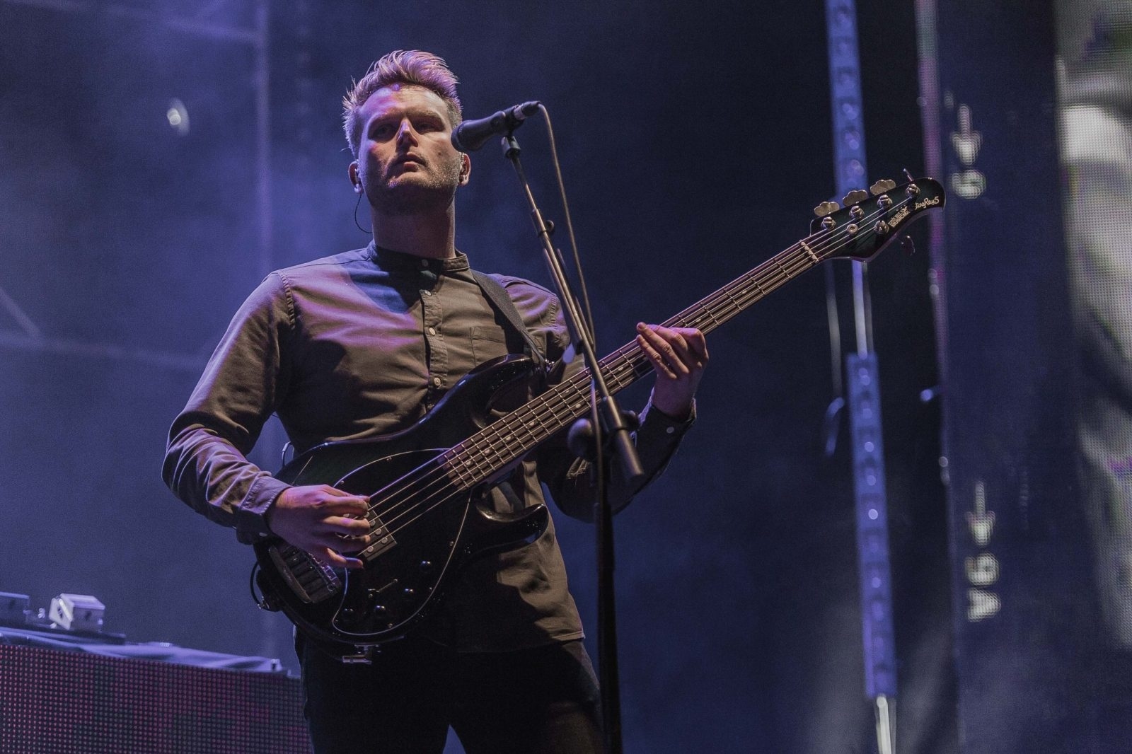Cliff Deane playing bass picture this