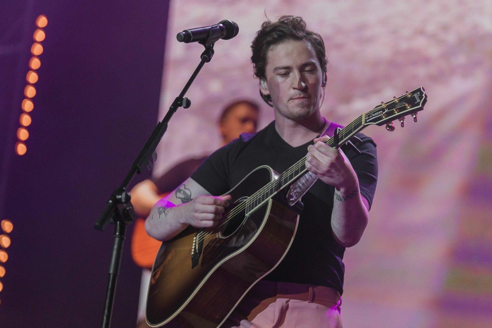 Ryan Hennessy playing guitar
