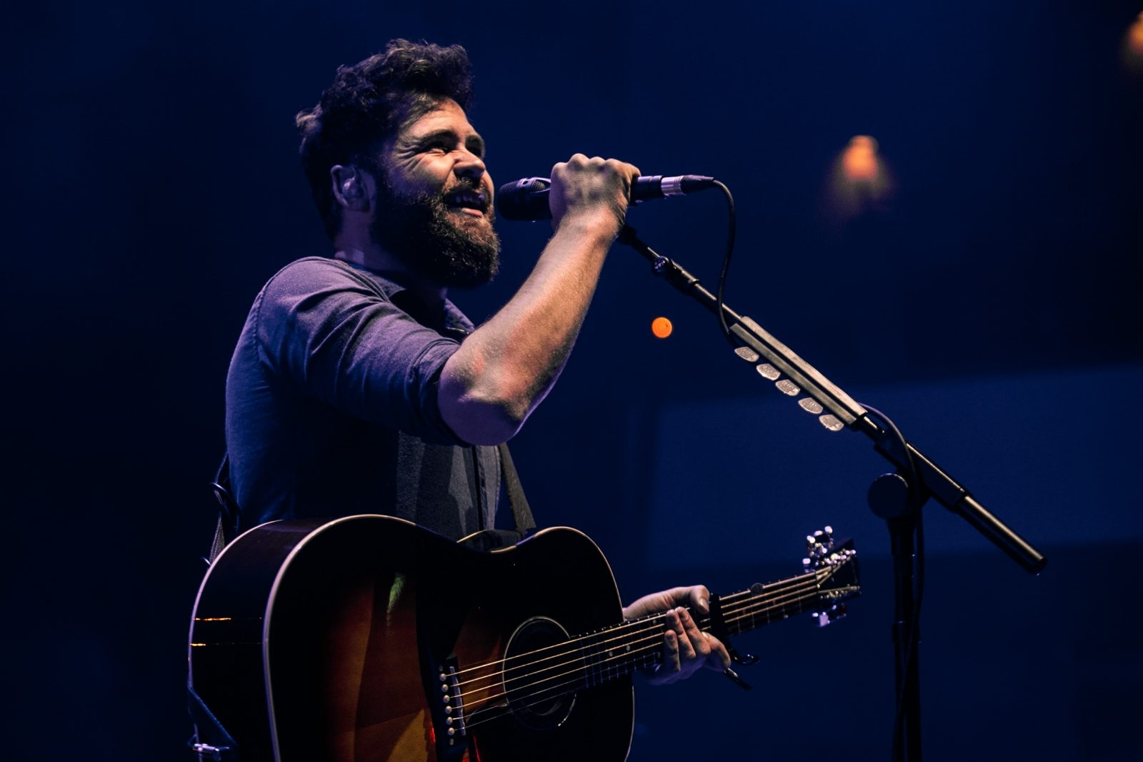 Passenger @ The Waterfront Hall 8